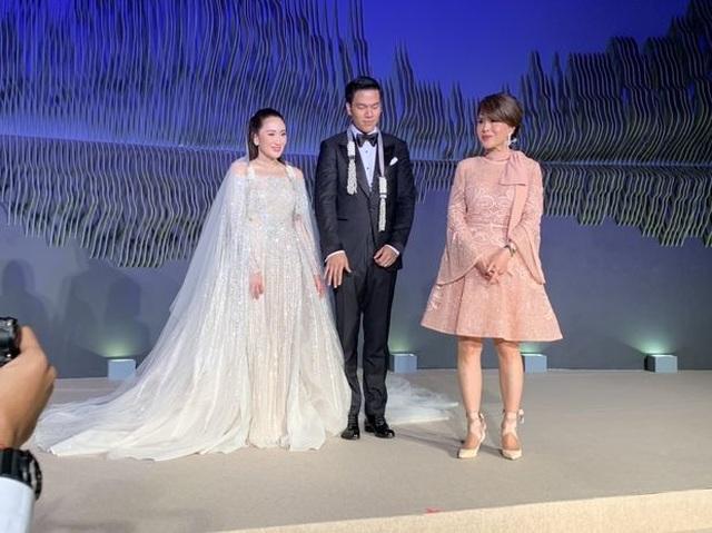 Công chúa Thái Lan đến Hong Kong dự đám cưới xa hoa của con gái Thaksin - 6