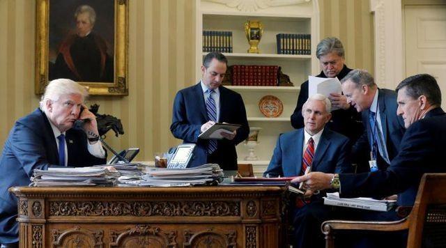 """Dàn quan chức """"nhúng chàm"""" trong cuộc điều tra quan hệ Trump - Nga - 1"""