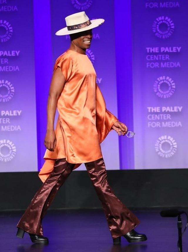 Billy Porter gây chú ý với trang phục nữ tính - 6