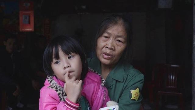 Vụ 5 người Việt tử nạn ở Thái Lan: Sao mẹ con chưa về?! - 1