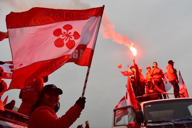 CĐV Hải Phòng cháy hết mình trước trận U23 Việt Nam gặp U23 Indonesia - 6
