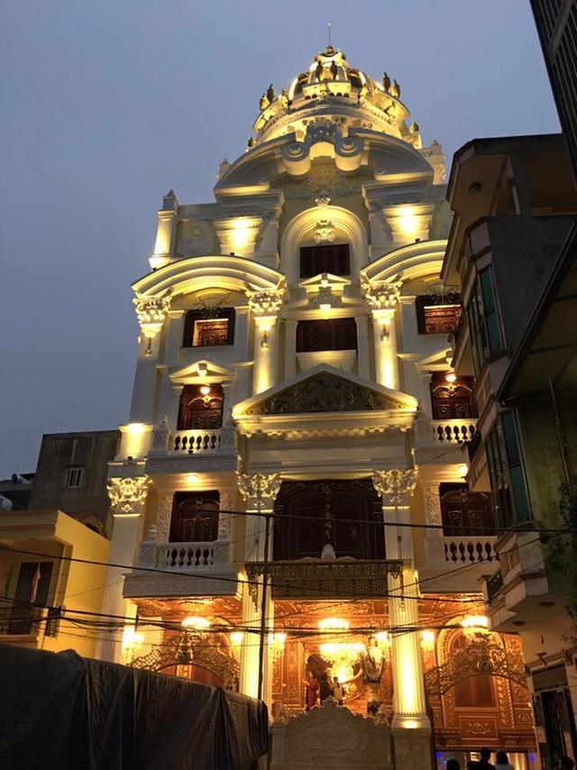 Choáng trước những siêu biệt thự dát vàng của giới nhà giàu Việt - 2