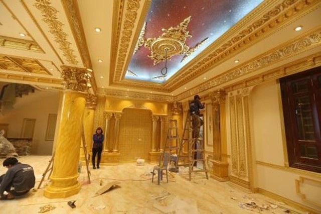 Choáng trước những siêu biệt thự dát vàng của giới nhà giàu Việt - 9