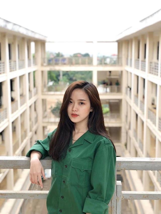 """Hoa khôi 10X Hà Tĩnh: """"Con gái hiện đại nếu chỉ đẹp thì chưa đủ"""" - 7"""