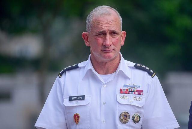 Mỹ khẳng định bảo vệ Philippines trước các cuộc tấn công trên Biển Đông - 3