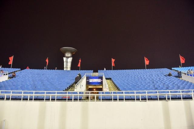 Sân Mỹ Đình còn nhiều ghế trống trong trận quyết định của U23 Việt Nam với Indonesia - 12