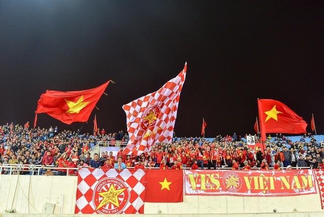 Sân Mỹ Đình còn nhiều ghế trống trong trận quyết định của U23 Việt Nam với Indonesia - 14