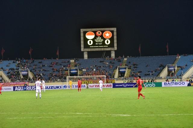 Sân Mỹ Đình còn nhiều ghế trống trong trận quyết định của U23 Việt Nam với Indonesia - 9