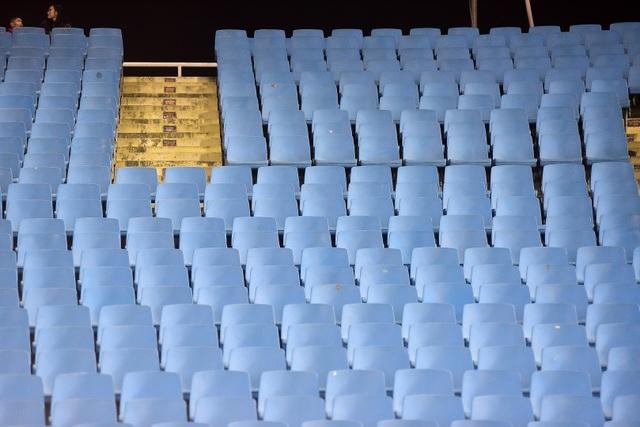 Sân Mỹ Đình còn nhiều ghế trống trong trận quyết định của U23 Việt Nam với Indonesia - 11