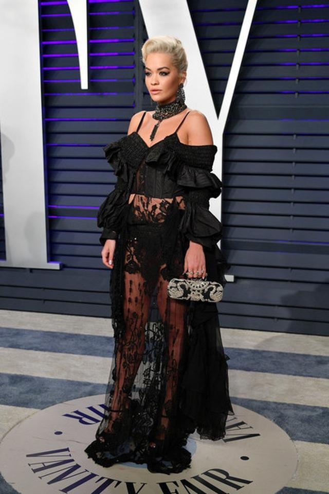 Rita Ora ấn tượng với cây đồ Jeans - 3