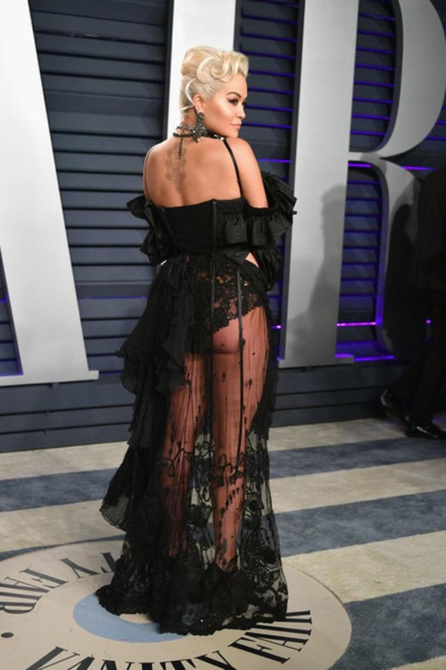Rita Ora ấn tượng với cây đồ Jeans - 4