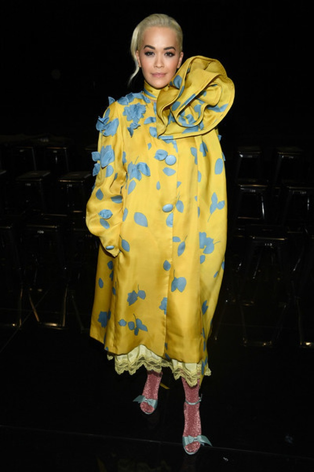 Rita Ora ấn tượng với cây đồ Jeans - 8