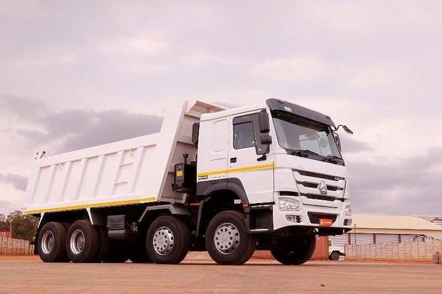 Doanh nghiệp nhập khẩu ô tô tải lách luật, người tiêu dùng bị móc túi? - 1