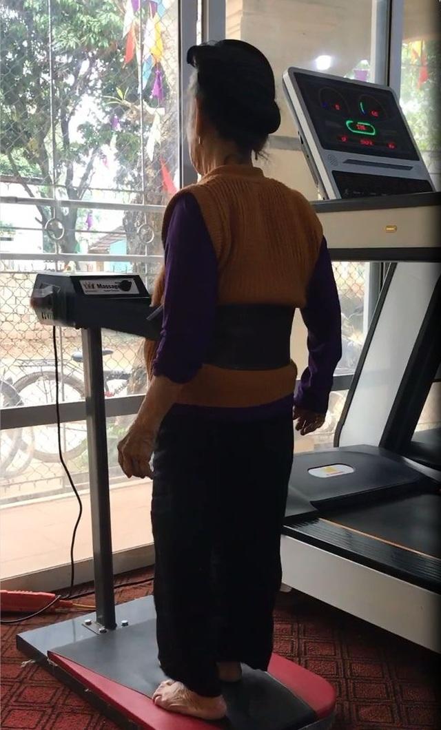 Câu chuyện phía sau clip cụ bà 84 tuổi chăm tập gym gây bão mạng - 2