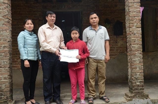 Hơn 128 triệu đồng đến với gia đình bé Thanh bị ung thư máu - 3