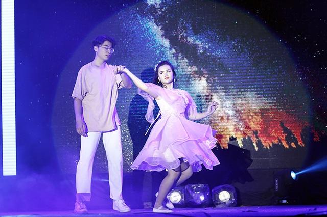 Tiền nhiều để làm gì... vào vũ khúc nóng bỏng của học sinh THPT Phan Đình Phùng - 7