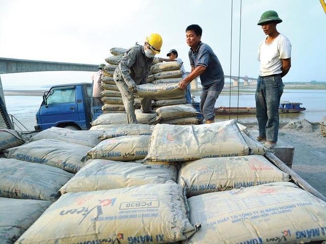 Việt Nam tăng xuất khẩu xi măng, clinker sang Trung Quốc với giá rẻ - 1