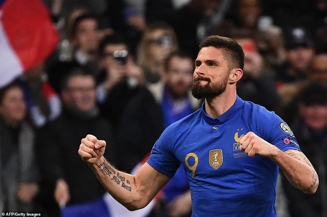 Hàng công thăng hoa, Pháp đại thắng 4 sao trước Iceland - 2