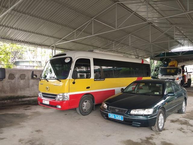 Xe buýt giả của nhà xe đầu gấu vừa được thả lại... bị bắt - 1