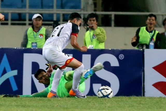 Bị đuổi 1 người, U23 Indonesia giành 3 điểm hú vía trước U23 Brunei - 5