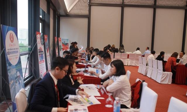 Hàng ngàn người đổ về Ngày hội học bổng Châu Á và tổng kết chia tay quý I năm 2019 do TMS Asia tổ chức - 3
