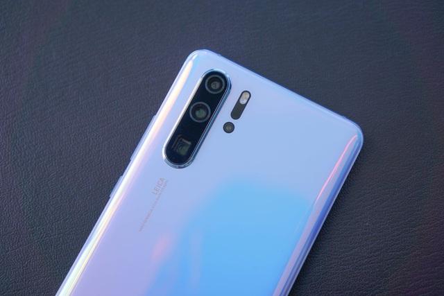 Cận cảnh Huawei P30 Pro có camera zoom 10x siêu khủng - 6