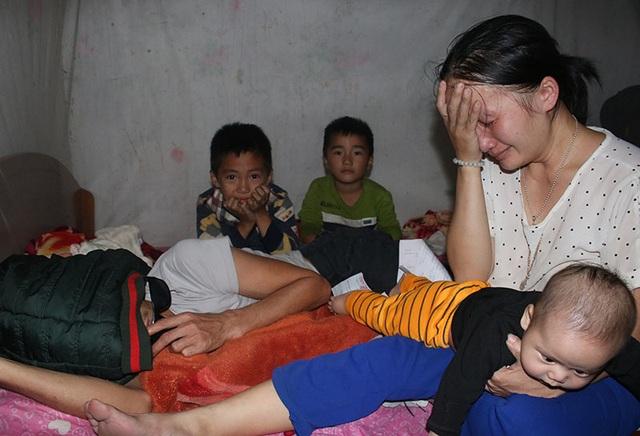 Vợ bệnh não ôm 3 con thơ bất lực nhìn chồng sắp mù - 5