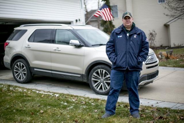 Ford bị kiện vì vấn đề rò rỉ khí thải trên xe Explorer - 2