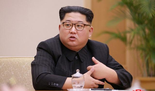 Ông Kim Jong-un tái xuất sau cuộc bầu cử quốc hội nhiều bất ngờ - 1