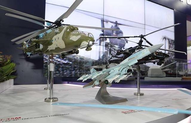 Máy bay quân sự Nga phô diễn sức mạnh tại triển lãm hàng không - 12