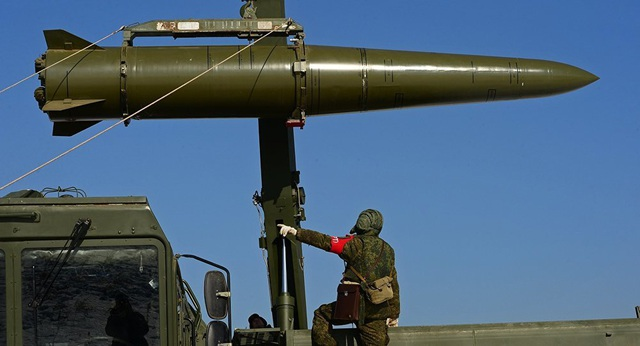 Tình báo Ukraine nghi Nga dự định đưa vũ khí hạt nhân tới Crimea - 1