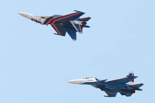 Máy bay quân sự Nga phô diễn sức mạnh tại triển lãm hàng không - 4