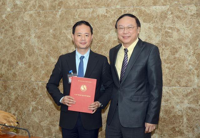 Bộ TN-MT trả lời việc bổ nhiệm em trai Bộ trưởng Trần Hồng Hà làm Tổng cục trưởng - 1