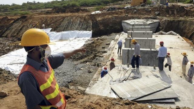 Sri Lanka đã buộc phải cho Trung Quốc thuê cảng Hambantota trong 99 năm để được xóa nợ. (Nguồn: Ishara S.Kodikara, AFP)