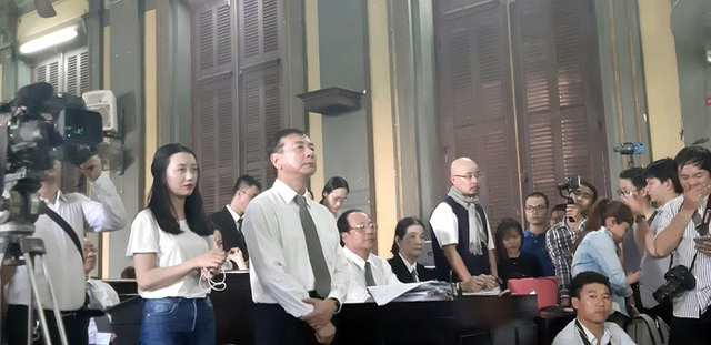 Tòa tuyên giao toàn bộ cổ phần Trung Nguyên cho ông Đặng Lê Nguyên Vũ - 2