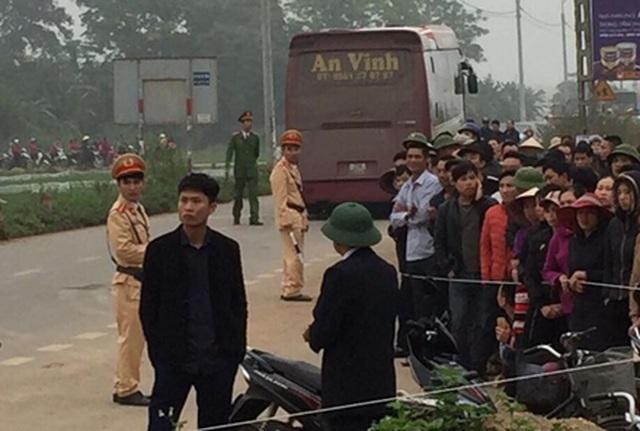 Đoàn người đưa tang gặp tai nạn thảm khốc, 7 người tử vong - 3