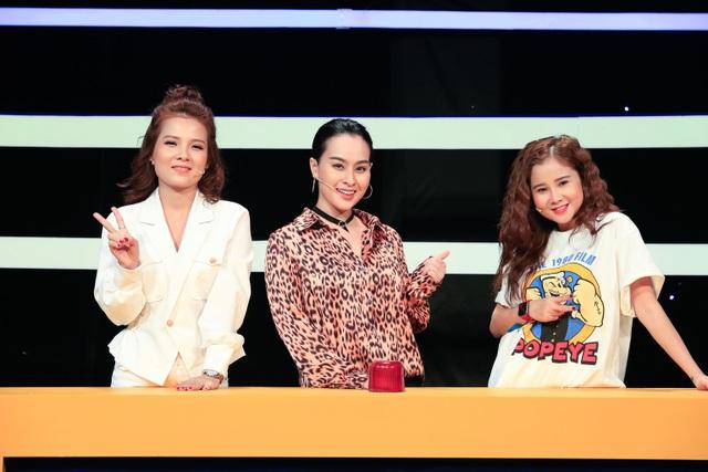 Khổng Tú Quỳnh ngầm công khai chuyện chia tay Ngô Kiến Huy trên sóng truyền hình - 4