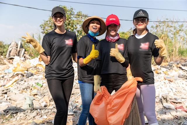 Top 3 Hoa hậu Hoàn Vũ hào hứng tham gia thử thách dọn rác - 15