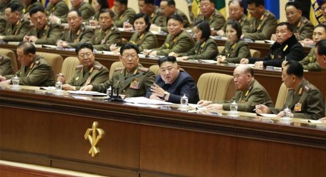 """Sĩ quan Triều Tiên vừa khóc vừa ghi chép trong cuộc họp """"lịch sử"""" với ông Kim Jong-un - 8"""