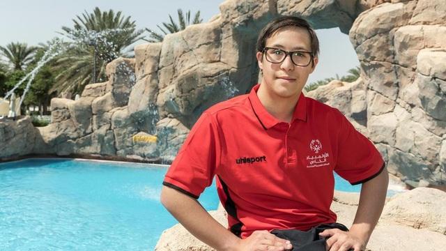 Trở thành vận động viên bơi lội đầy triển vọng dù mắc hội chứng Down - 1