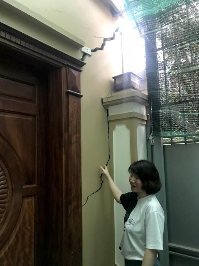 Hà Nội: Hãi hùng 80 căn hộ trong khu đô thị bị sụt lún, nứt toác - 7