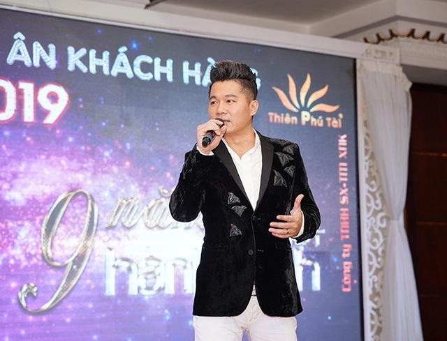 Tuấn Hưng, Lâm Vũ bất ngờ xuất hiện trong Hội nghị tri ân khách hàng của Nhật Việt Cosmectics - 3