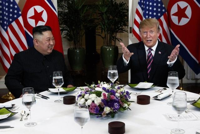 Ông Kim Jong-un gửi lời có cánh cho ông Trump ngay trước thượng đỉnh ở Hà Nội - 1