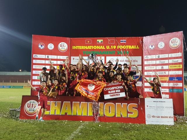 """HLV Graechen: """"Tôi tự hào về các cầu thủ sau chiến thắng U19 Thái Lan"""" - Ảnh minh hoạ 2"""