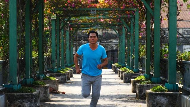 Đại diện Việt Nam tại FWD Marathon Bắc Cực chạy vì người khuyết tật  - 1