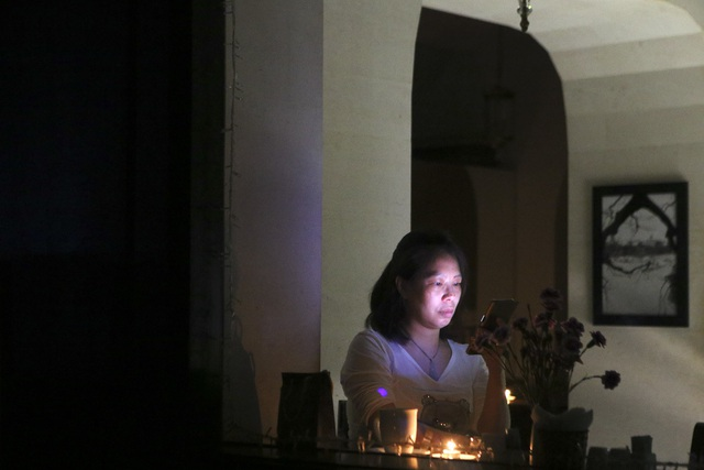 Hồ Gươm trong một giờ tắt đèn - 5