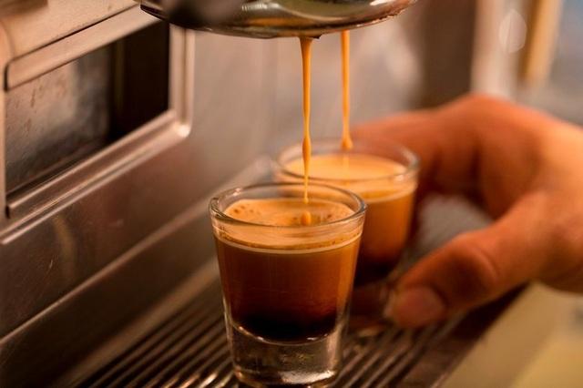 Nghĩ về cà phê cũng khiến bạn tỉnh táo - 1