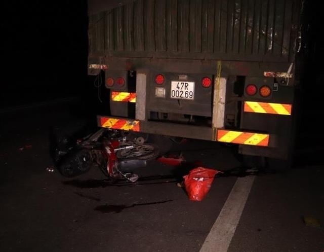 Tai nạn liên hoàn, một công an viên cùng 3 người dân bị thương nặng - 2
