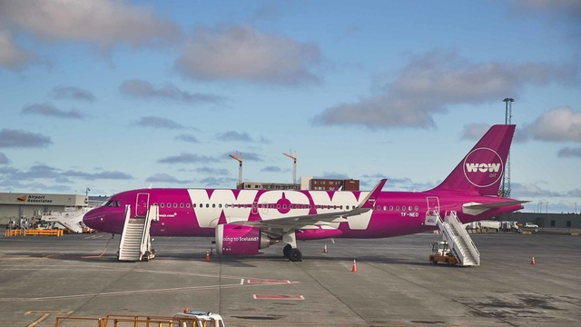 Hãng hàng không bất ngờ phá sản, hàng ngàn hành khách bị kẹt trên toàn cầu - 1