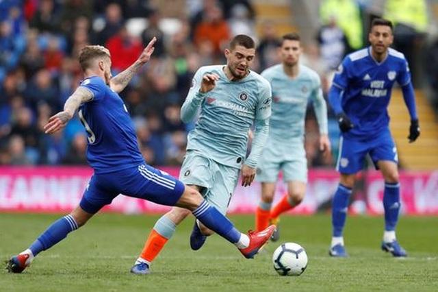 """Cardiff 1-2 Chelsea: Thắng trận nhờ """"bàn thắng ma"""" - 8"""